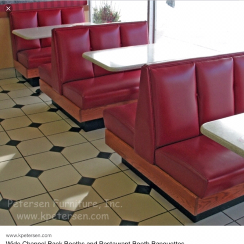 What Is The Difference Between Booth And Table HiNative - Booth or table
