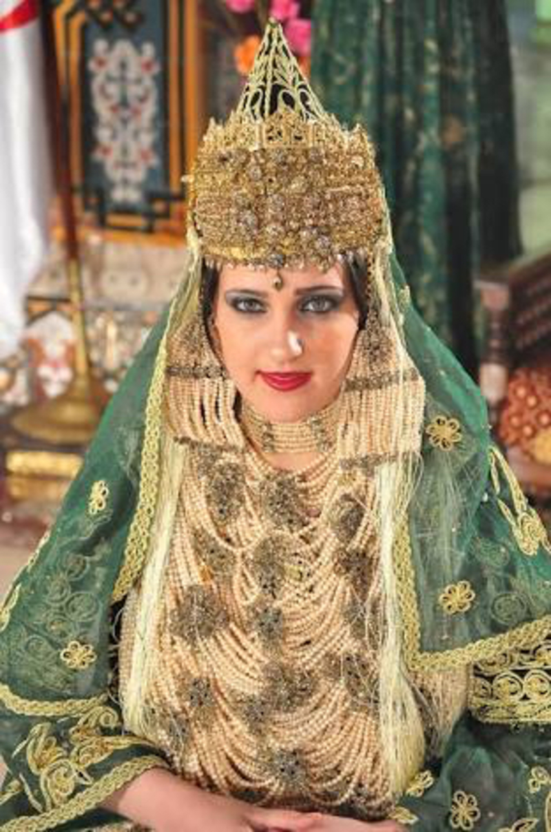 How much is the price of Algerian Traditional wedding dress, Chedda ...