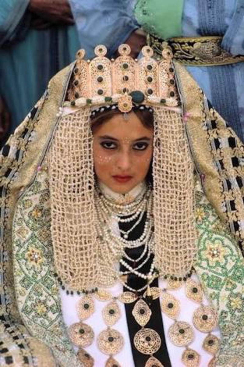 a300380f661 How much is the price of Moroccan Traditional wedding dress (not the ...